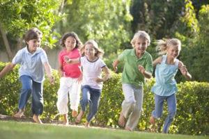 Gartenbewässerung Kinder